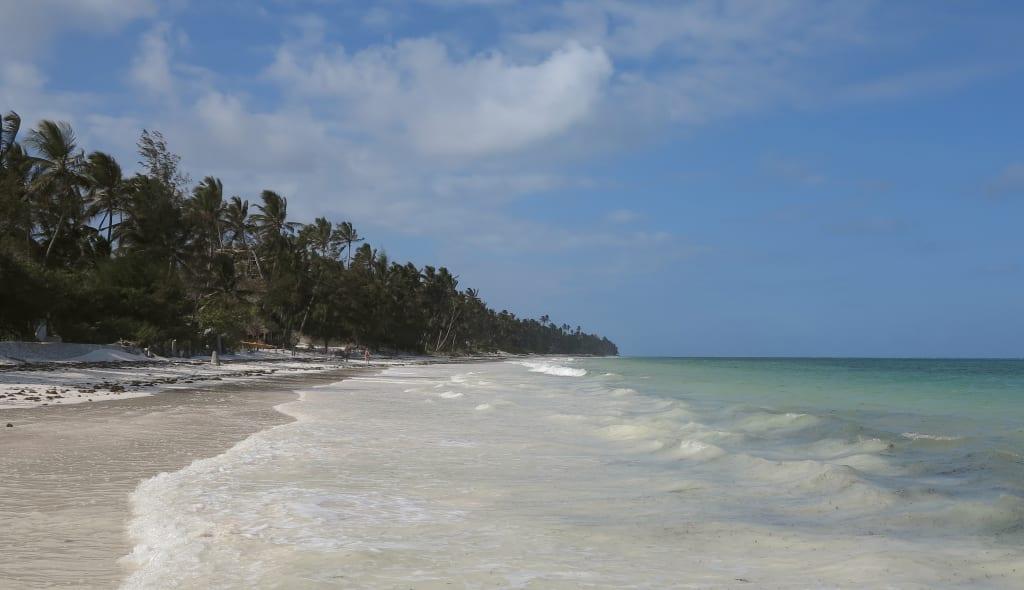 Strand von Bwejuu auf Sansibar