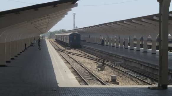 tazara-train-bahnhof
