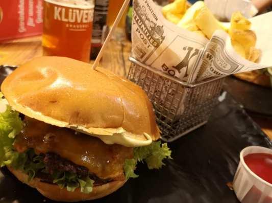 Erst Burger bei Leo...