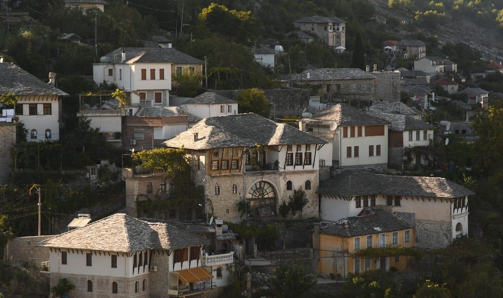 Prächtige Häuser in einer schönen Stadt