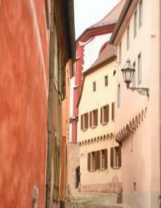 Gasse in einer schönen Altstadt