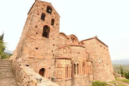 Kirche aus Naturstein