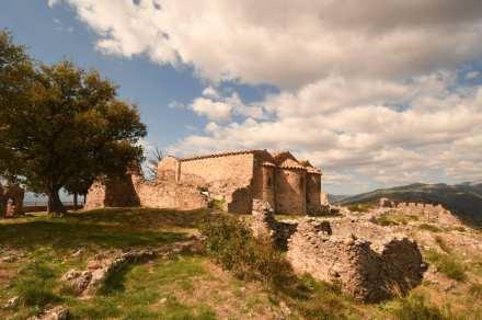 Ruine einer Kirche