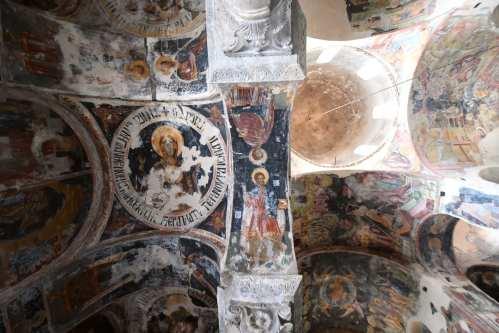 Alte Fresken einer orthodoxen Kirche