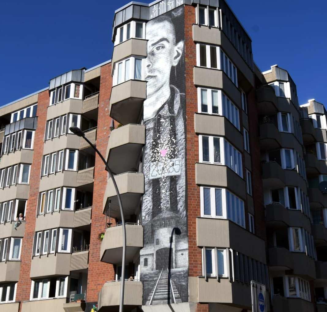 Auschwitz-Mural