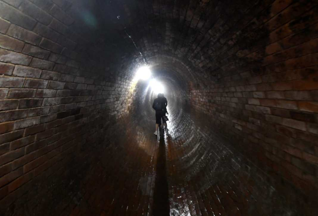 Tunnel in einer Kläranlage