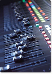 X 32 Motorized-Faders