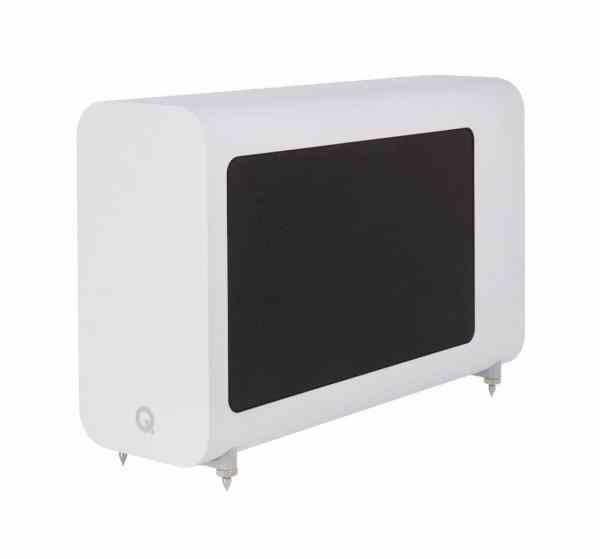 Q Acoustics 3060s è un subwoofer amplificato bianco