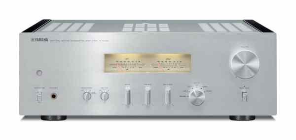 Yamaha A-S1100 è un amplificatore integrato silver