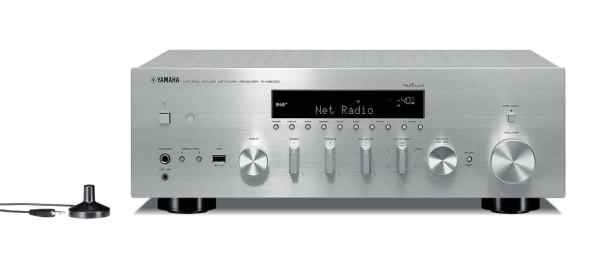 Yamaha R-N803D è un sintoamplificatore stereofonico silver