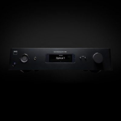 NAD C658 è un preamplificatore stereofonico fronte