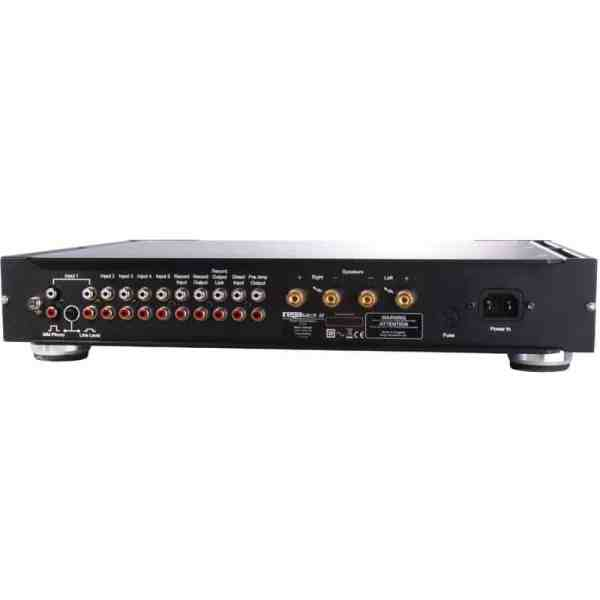 Rega Elicit R è un amplificatore integrato nero