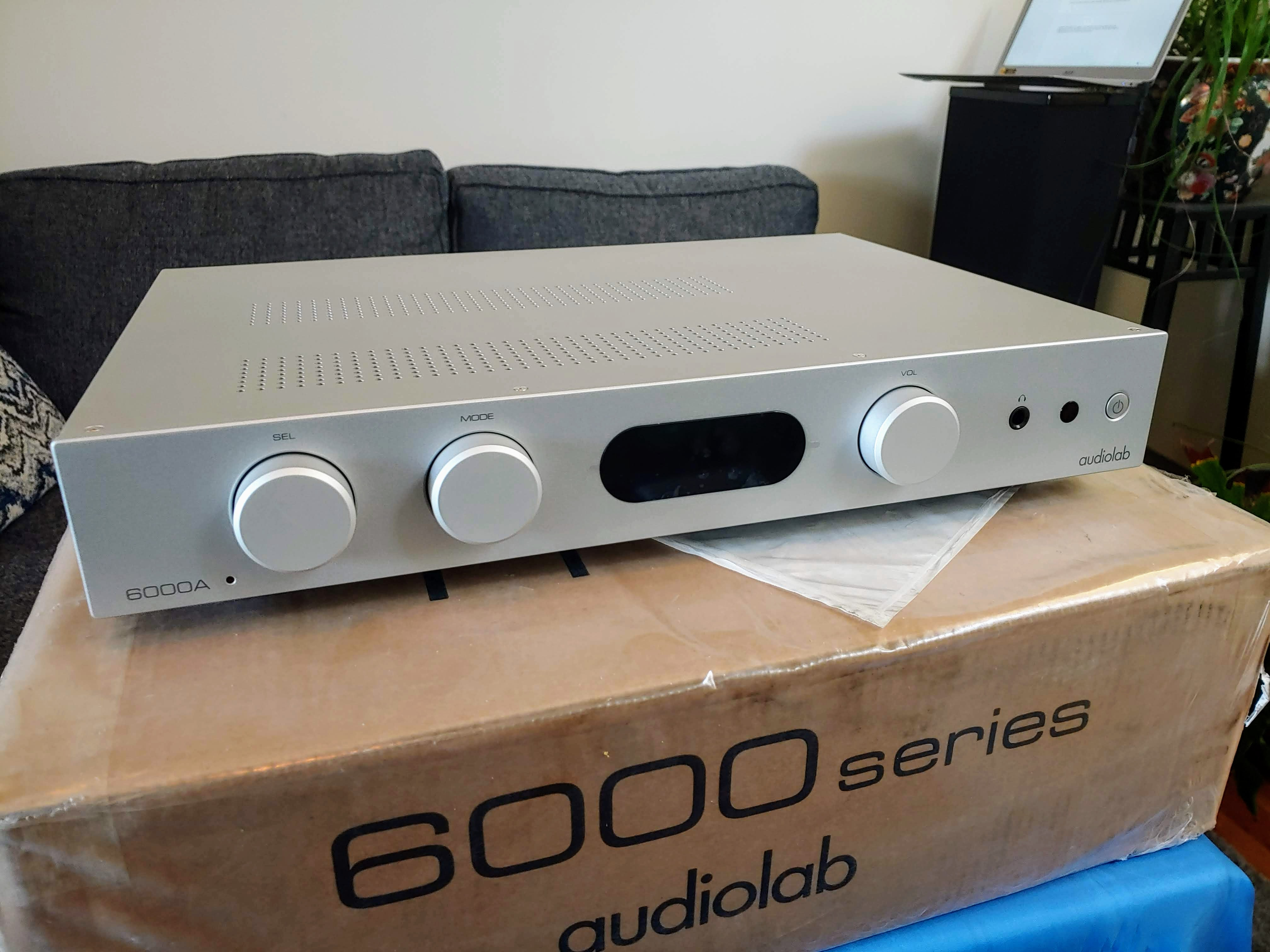 Awesome! The Best Integrated Amplifiers Around $1000 (2020)