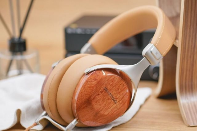 SIVGA SV021 Classic Wooden Closed Back Wired Over-Ear Headphone (Rosewood)