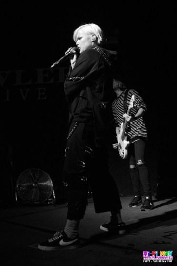 Tonight Alive 4