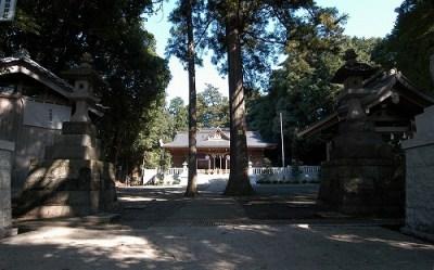 豊鹿島神社全景