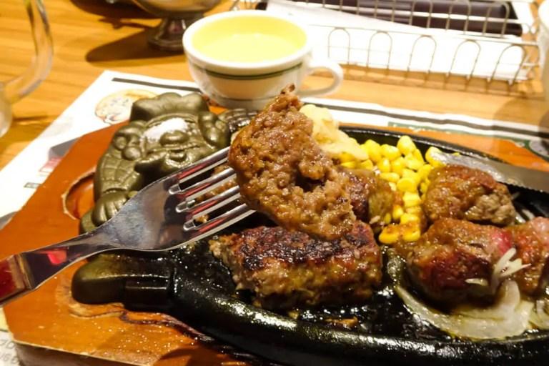 菅原にオープンした話題のステーキハウス ブロンコビリー!炭火香るお肉を食べてきましたよ☆