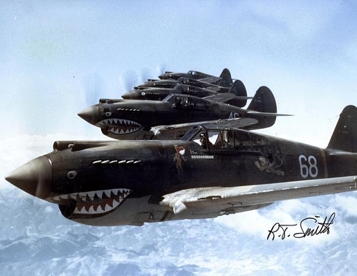 Une formation des Tigres volants au-dessus de la Chine en 1942