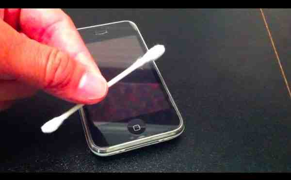 Comment enlever le mode Ecouteur sur iPhone ?