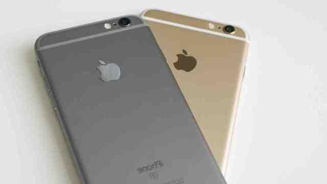 Comment enlever une carte SIM coincée dans un iPhone ?