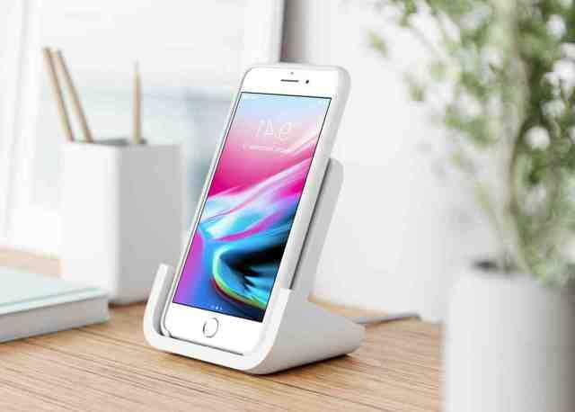 Quel iPhone peut charger par induction ?