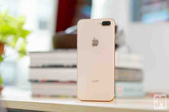 What are the reviews on the iPhone 8 plus?