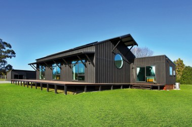 kowhai-river-barn7