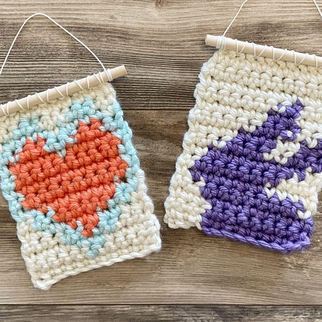 mini crochet wall hanging