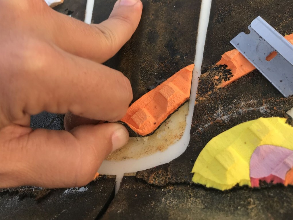 Surfboard Traction Pad Removal - Peeling with Fingers