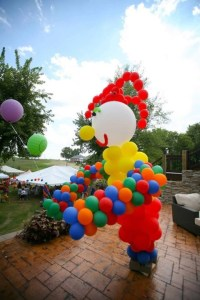 Giant Juggling Clown Balloon