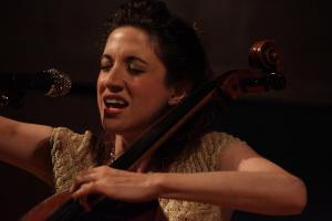 Laura Moody