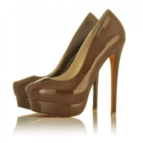Chocolate orange pumps