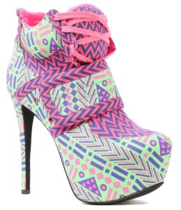 stiletto sneakers