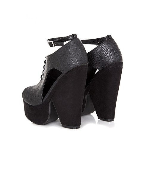 Cut Out Black Wedges