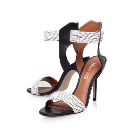 Eva Black Shoes