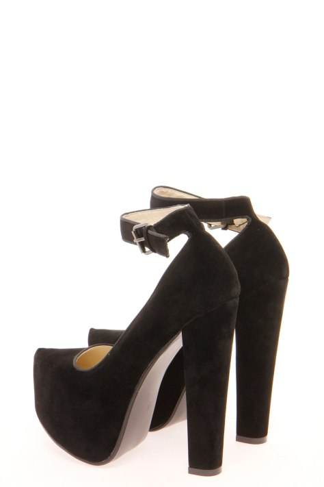 Black Boohoo high heels