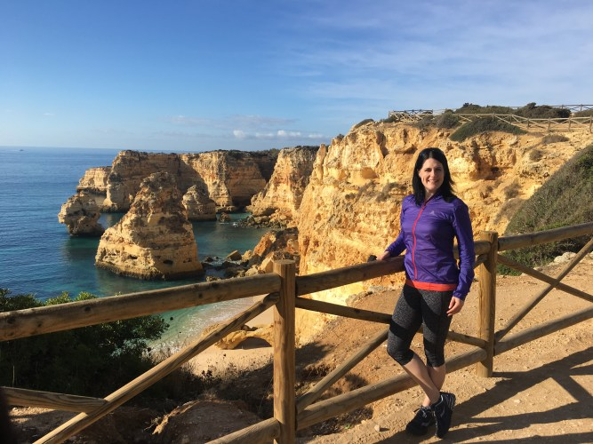 Donloree Hoffman Algarve