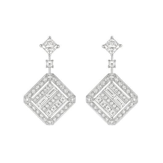 Chanel Café Society Broadway earrings.