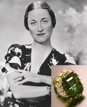 wallis-simpson-emerald-engagement-ring