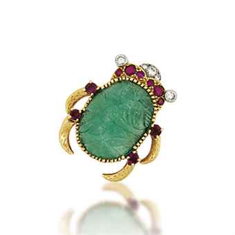 A GEM AND DIAMOND SCARAB CLIP BROOCH, BY CARTIER (estimate £8,000 – £12,000). The carved emerald cabochon body, to the circular-cut ruby-set head and textured legs, with brilliant-cut diamond-set detail to the eyes, circa 1950, French marks for platinum and gold, 2.7cm long.