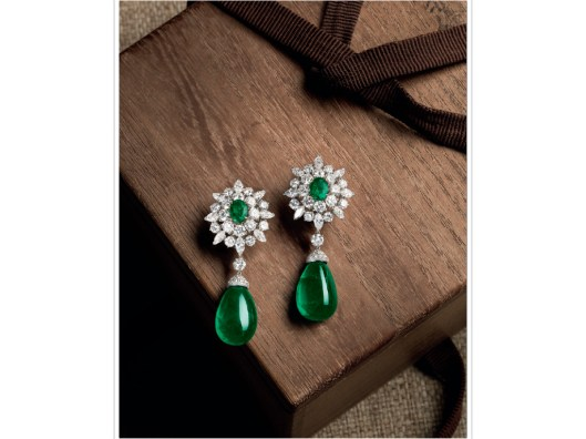 A PAIR OF EMERALD AND DIAMOND EARRINGS, BY VAN CLEEF AND ARPELS