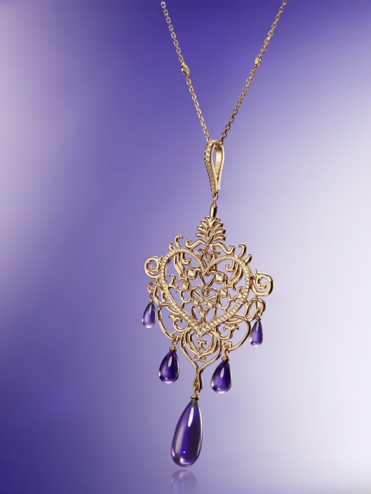 High_Jewellery_pendant_799530-5001