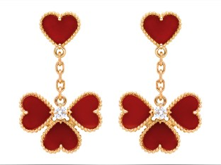Sweet Alhambra effeuillage earrings, pink gold, carnelian, round diamonds 0.18ct.