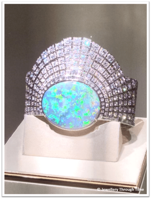 The Aten high jewellery secret watch on display at SIHH 2015 in all its splendour.