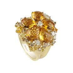 Salvini Sunshine ring, in yellow and white gold, with white diamonds, brown diamonds (1,28ct), yellow sapphires and briolé-cut citrine quartz (0,83ct).