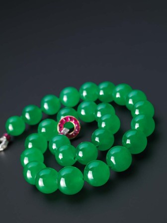 Barbara Hutton Cartier Jadeite Necklace.