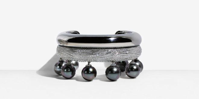 Tahitian pearl and diamond bracelet