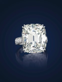 A CUSHION-CUT K-COLOR VS2 DIAMOND OF 25.82 CARATS ESTIMATE: $600,000 – $700,000