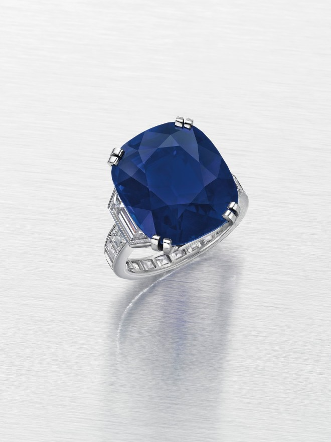 THE KELLY SAPPHIRE A CUSHION-CUT KASHMIR SAPPHIRE OF 21.71 CARATS, BY CARTIER ESTIMATE: $1,500,000 – $2,000,000