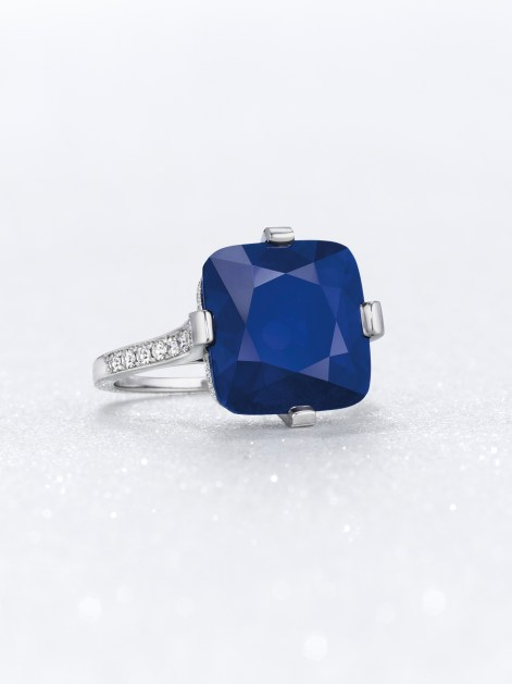 THE MAJESTIC BLUE A CUSHION-CUT KASHMIR SAPPHIRE OF 9.97 CARATS ESTIMATE: $950,000 – $1,250,000